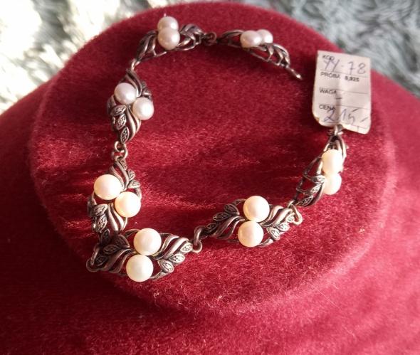 Srebrna bransoletka z perłmi za 160 zł