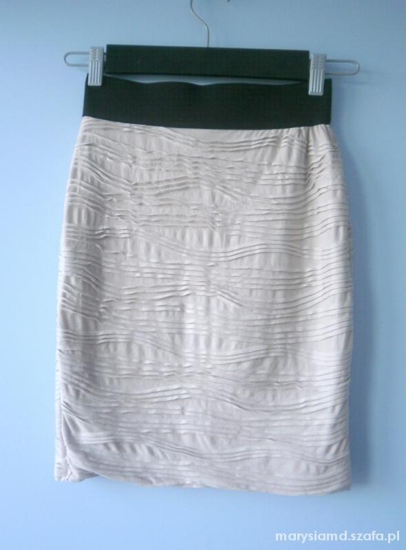 Spódnice HM spódnica pudrowa bodycon