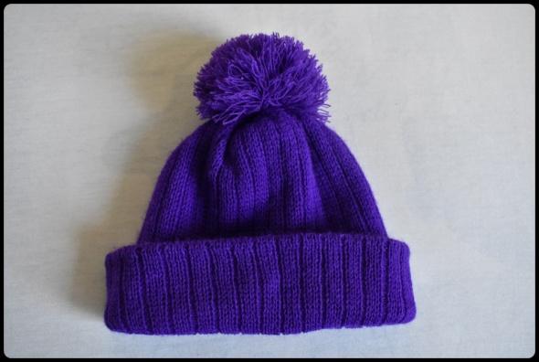 Nakrycia głowy Fioletowa czapka z pomponem
