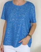 niebieska bluzka z połyskiem...