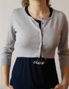 Sweterek krótki na zatrzaski...