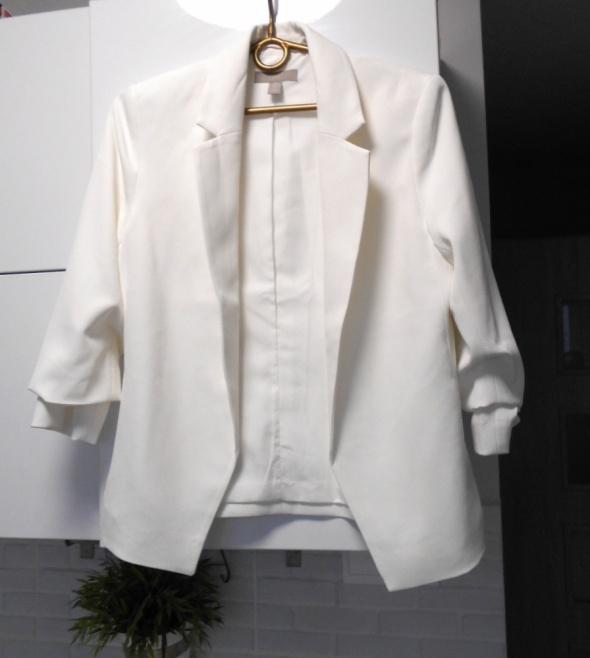 HM nowa biała marynarka klasyka minimalizm...