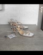 Zara nowe skórzane sandały szpilki srebrne paski skóra 38...