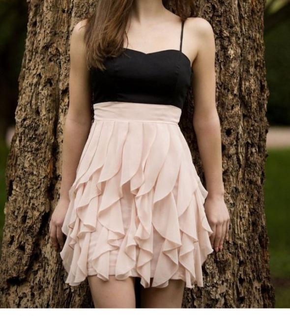 Suknie i sukienki Sukienka H&M falbanki S pudrowy róż