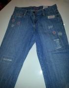 GAP Kids cudne spodnie jeansy na 10 11 lat z pięknymi aplikacja...