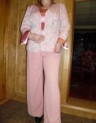 komplet bluzka spodnie marynarka kolor Brudny róż srebrna kwiat...