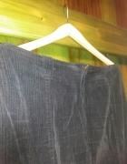 Spódnica czarna sztruksowa r 44