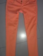 Pomarańczowe rurki cygaretki Zara na guziki M...