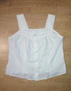 Biała bluzeczka na guziki...