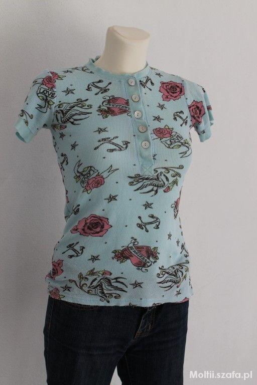 Bluzki niebieska w róże