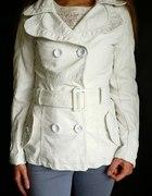 Biały skórzany płaszcz jesien zim XS 34 S 36...
