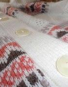 cudny sweter narzutka aztec ażur