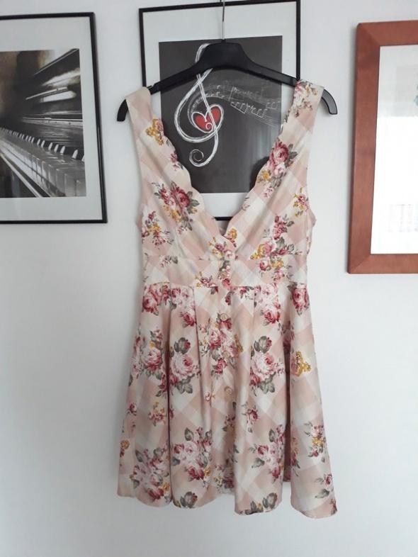 Suknie i sukienki Piękna rozkloszowana sukienka