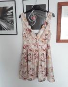Piękna rozkloszowana sukienka