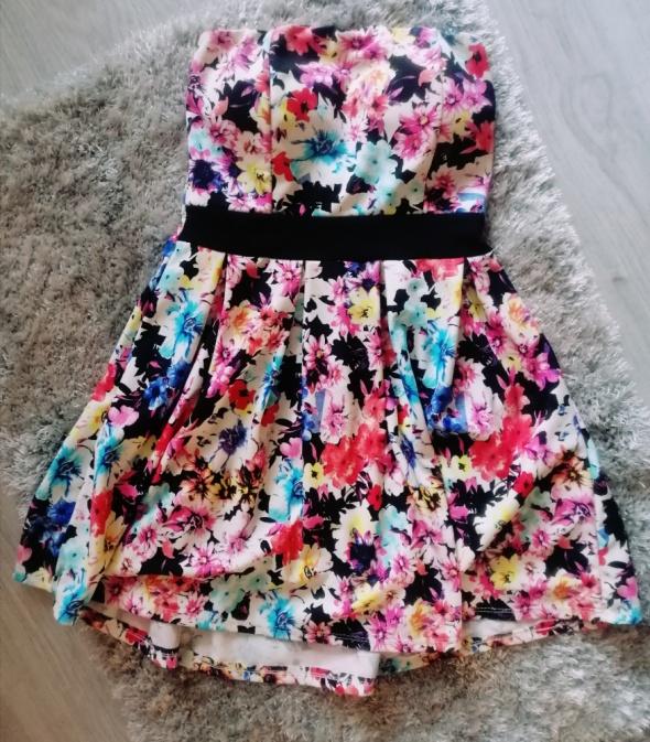 Śliczna kolorowa sukienka w kwiaty rozkloszowana S...