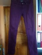 Śliwkowe spodnie