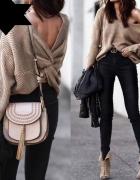 WoW sweter wiązany na plecach pleciony 4 kolory