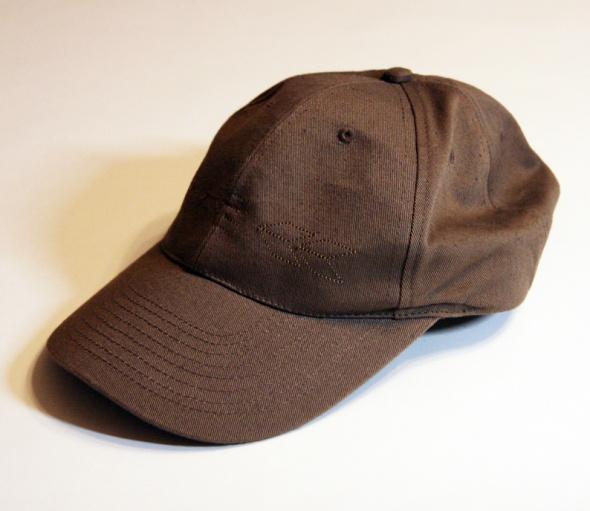 Nakrycia głowy czapka z daszkiem House