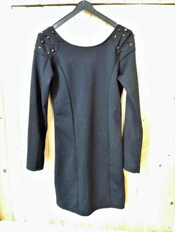 czarna sukienka s 36 kolce złote