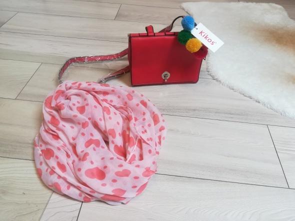 Nowa czerwona torebka kuferek na wiosnę i gratis...