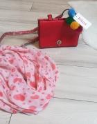 Nowa czerwona torebka kuferek na wiosnę i gratis