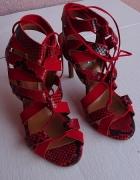 Skórzane sandałki 38