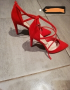 Szpilki czerwone sandały...