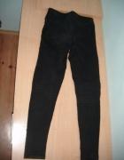 Czarne jeansy S...