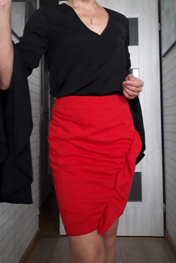 Spódnica red falbana...