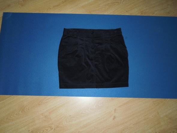 Spódnice mini spódniczka zamszowa RESERVED