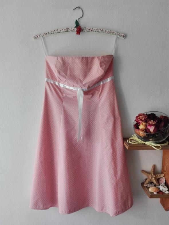 Suknie i sukienki Rozkloszowana sukienka w kropeczki PIN UP