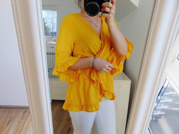 Nowa żółta bluzka z wiązaniem falbana