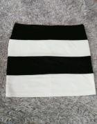 Spódnica bandażowa w paski mini czarnobiała...