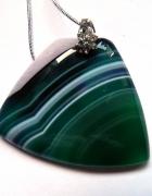 Zielony agat pasiasty wisiorek w kształcie trapezu...