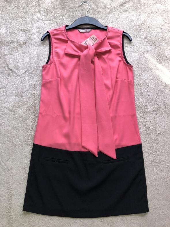 Suknie i sukienki SUKIENKA Z KOKARDA KORALOWA rozmiar 38