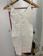 Biała sukienka FAME FASHION