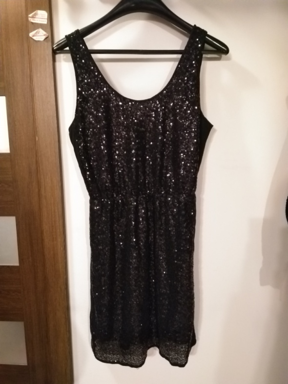 Nowa sukienka z cekinami Vero Moda sylwester impreza wesele