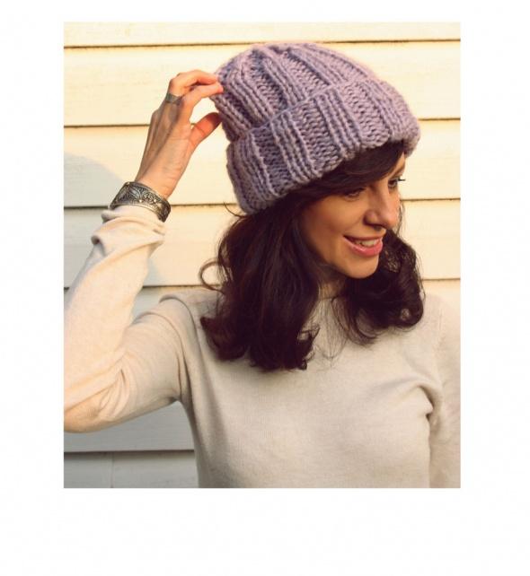 Nakrycia głowy Fioletowa czapka handmade z wełną