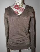 złoty sweter stradivarius v neck dekolt s...