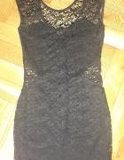 Czarna koronkowa sukienka River Island xs ZIP...