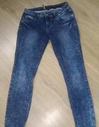 jeansy marmurki...