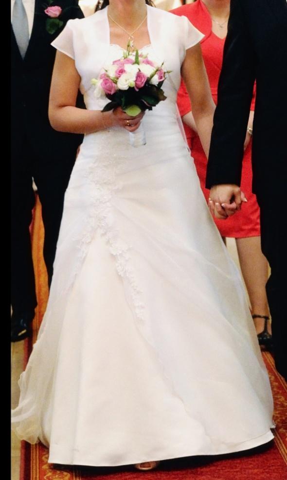 Suknie ślubne Piękna suknia ślubna