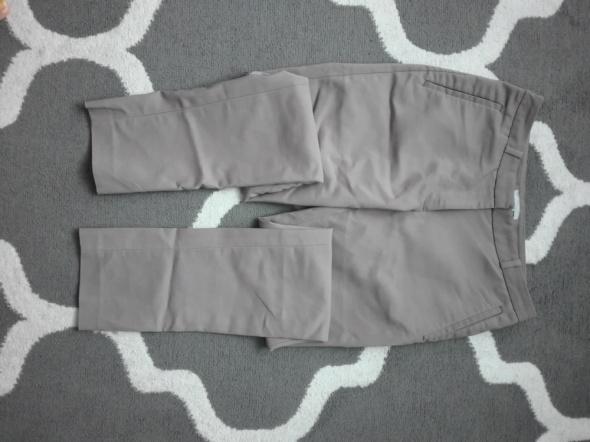Spodnie Beżowe spodnie H&M