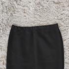 Ołówkowa spódnica z siatką