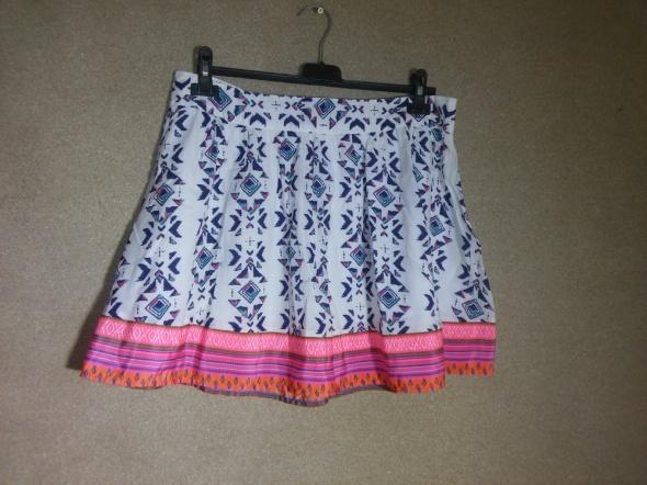 Spódnice Biała rozkloszowana spódnica aztec boho hippie