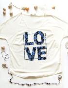 Bluzka z napisem LOVE rozmiar L...