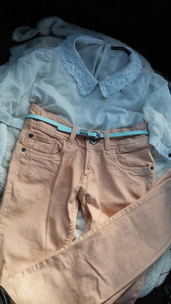Brzoskwiniowe pastelowe spodnie rurki S 36