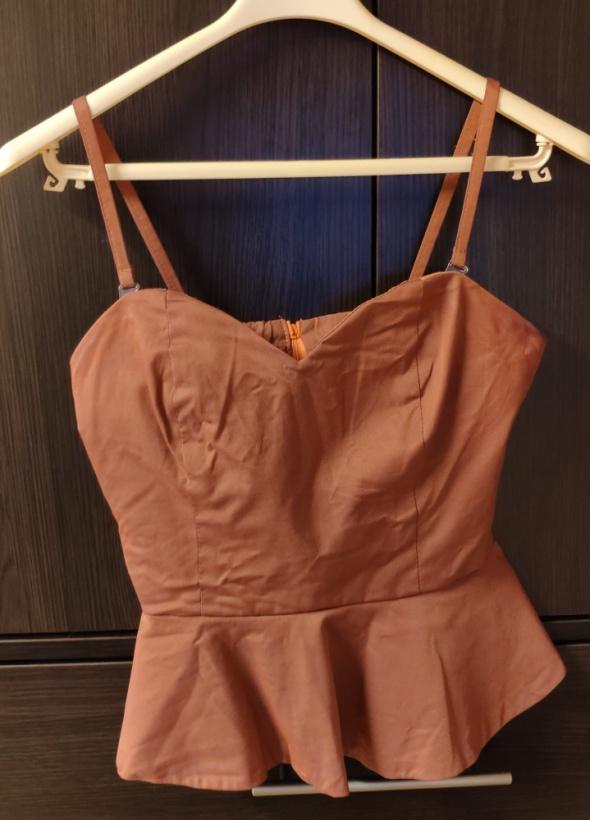 Pomarańczowa bluzka elegancka z baskinką na ramiączka rozm 36 S