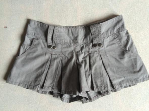Spódnice spódnico spodnie 34