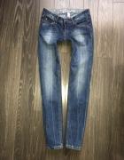Esprit Jeansy dopasowane dekatyzowane Strecz...